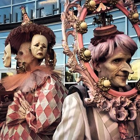 Pink Clowns4